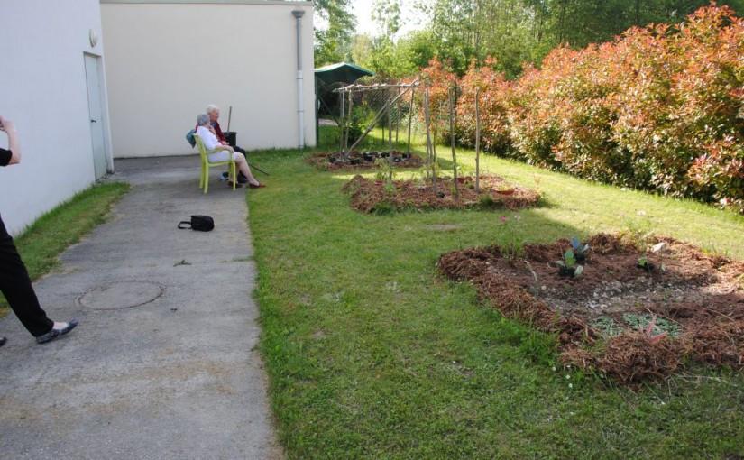 Cr ation de jardin dans les ehpad l exemple avec l for Conception de jardin dans le paysage